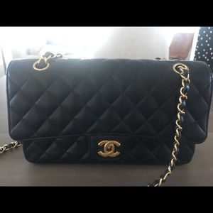 a35bdce063b5 Women's Authentic Chanel Bags Online on Poshmark